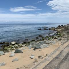 温暖化の影響で砂浜がかなり減ってきています。